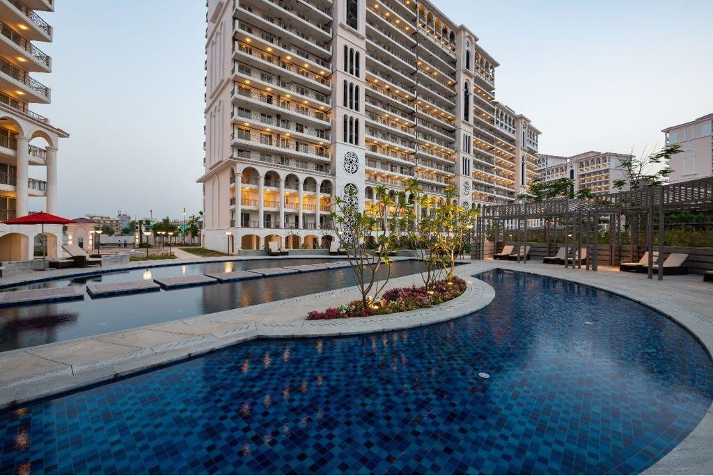 DLF Sky Court Residential Project Swimming Pool